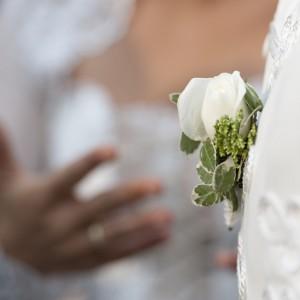 Wedding photos - hand and flower - esküvői fotó - kéz és virág