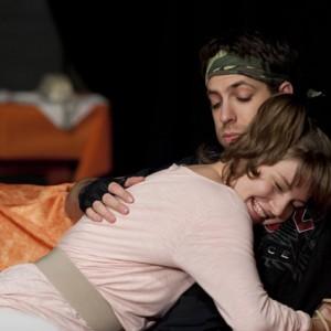 VISZLÁT FÖLD! - Teatro Surreal